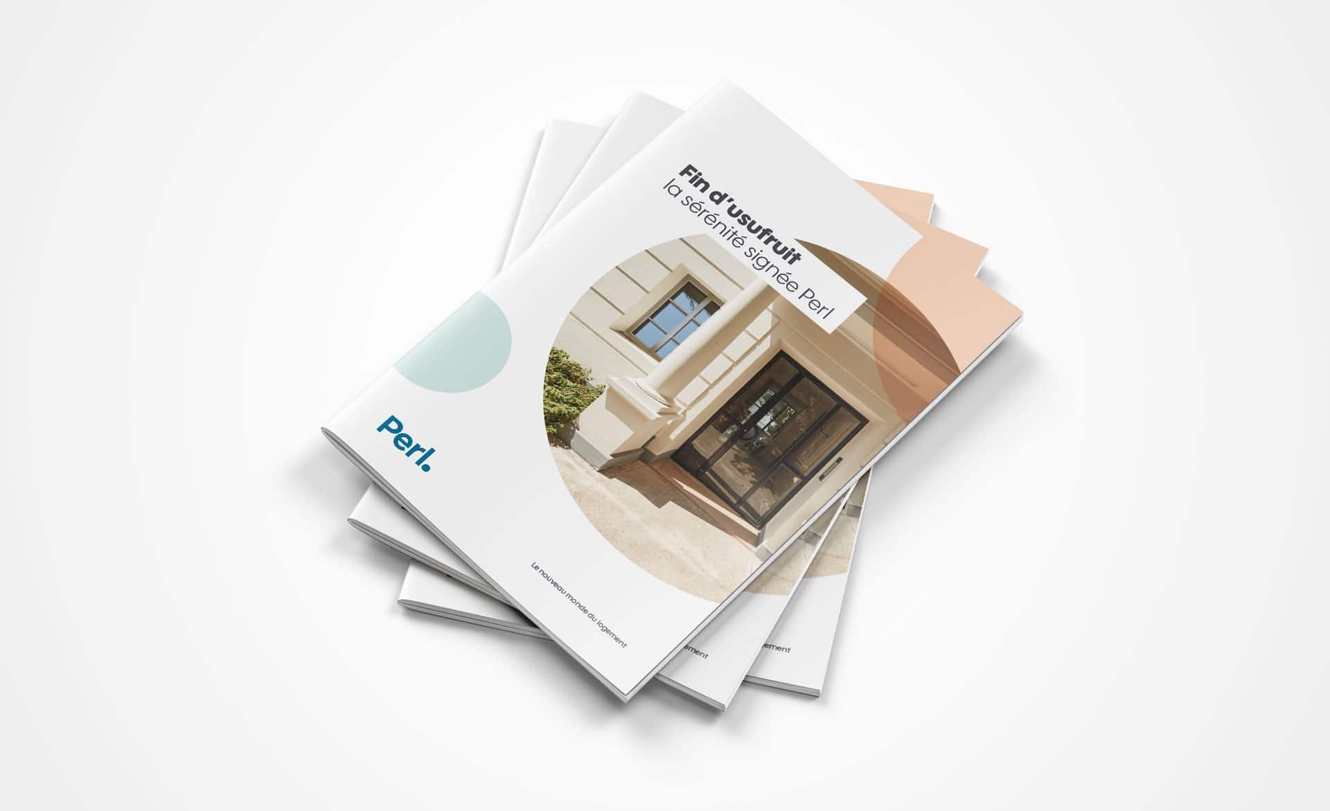 Il y a une brochure commerciale fin d'usufruit pour un programme immobilier Perl, réalisée par l'agence de communication et créa Siouxe à Paris.